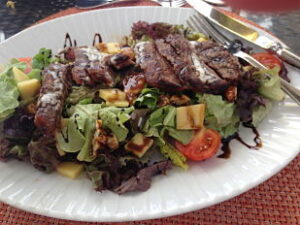 Colony club beef salad_opt