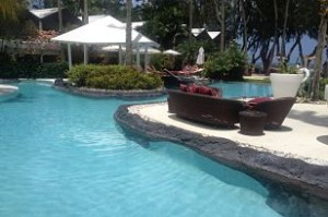 Colony club pool_opt