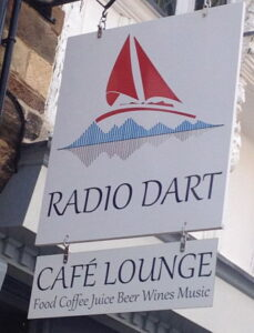 Radio Dart sign_opt(1)