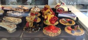 Chateau Dessert Cakes_opt