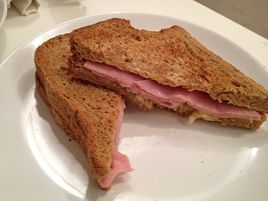 Nibsy's ham & chese toasties_opt