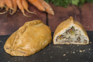 voakes-free-from-meat-pasty_opt