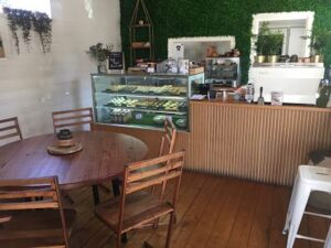 indoor seating at Conscious cravings